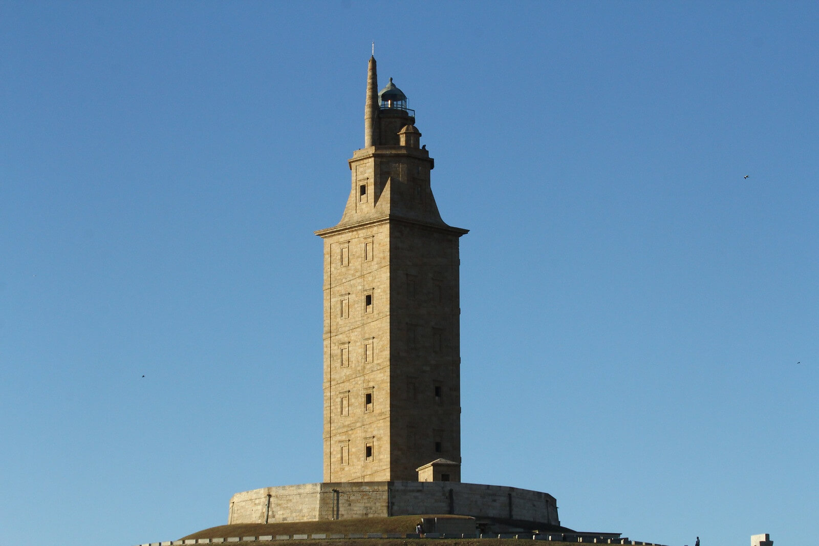 5 Things to do with your family in A Coruña - Tower of Hercules