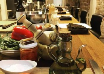 Culinary Short Break in Barcelona: Cooking Class  and Wine Tour