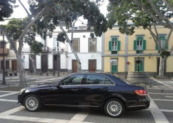 Private Driver Chauffeur Transfers on the Canary Islands