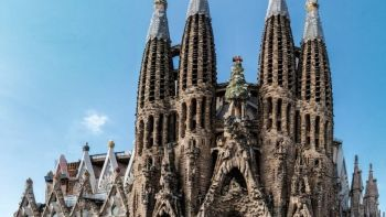Gaudi Barcelona Walking Tour