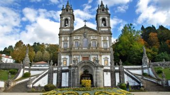 Tour from Porto to Santiago (or viceversa) stopping in Braga and Guimaraes