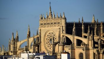 Seville Giralda, Alcazar and Old Quarter Walking tour