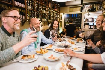Private Traditional Tapas & History Tour in Barcelona