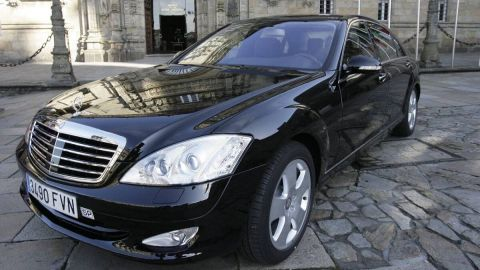 Private Driver-Chauffeur Car or Minivan Transfers and Transportation Services in Santiago de Compostela