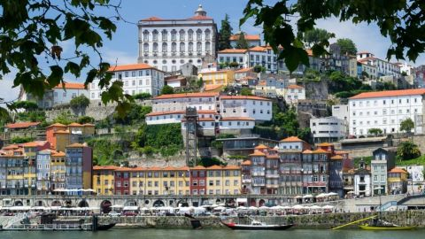 City Tour in Porto & Fado Show