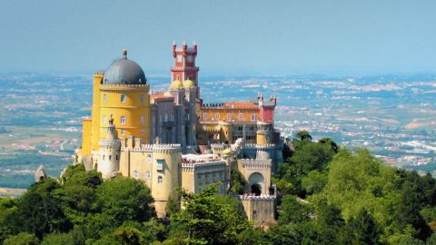 Small Group Day Tour to Sintra, Cascais & Estoril from Lisbon