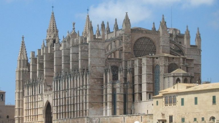 Palma de Mallorca Cathedral and Castle Tour