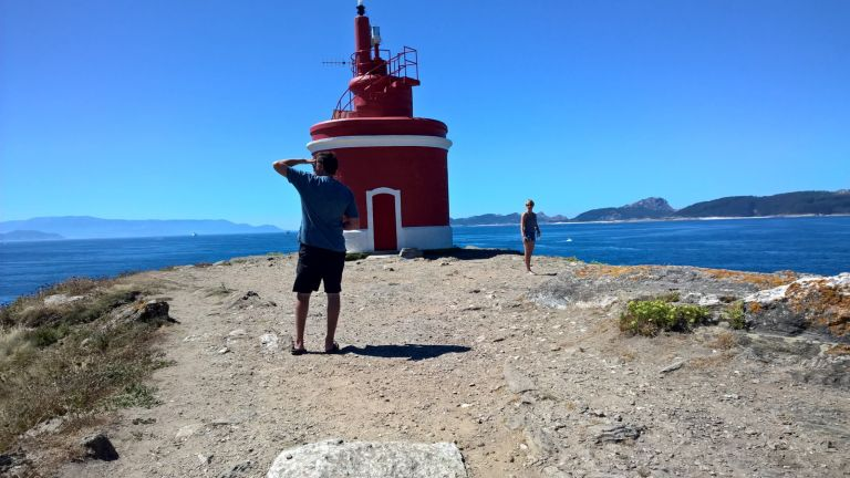 Cangas Fishing Village and Lighthouse Walk in Cabo Home with a Seafood Feast