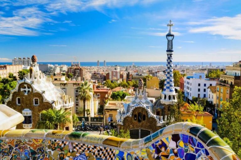 Half day Coach Tour Artistic Gaudi Modernism  of Barcelona