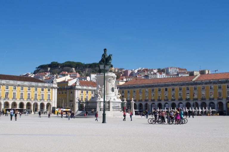 Short Break in Lisbon City with Wine Tasting, Cooking & Kayaking