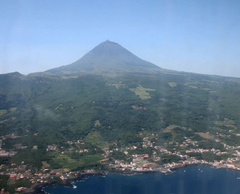 Pico Island Private Tour (the Azores)
