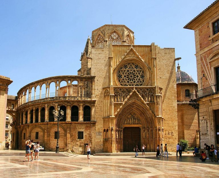 Valencia and Barcelona Bus and Train Tour from Madrid