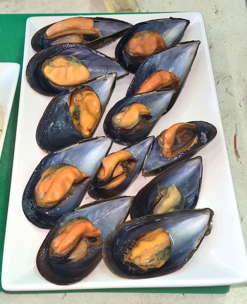 Galician Steamed Mussels - Coastal Cooking Class on Vigo Bay